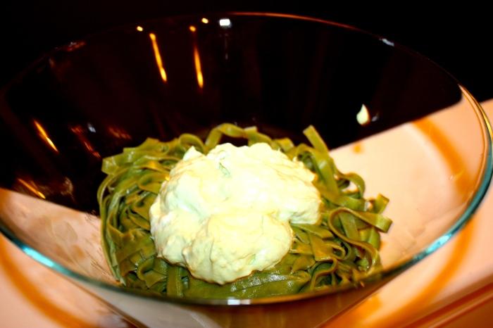 RP gluten free spinach fettuccine w/avacado yogurt 'sauce'
