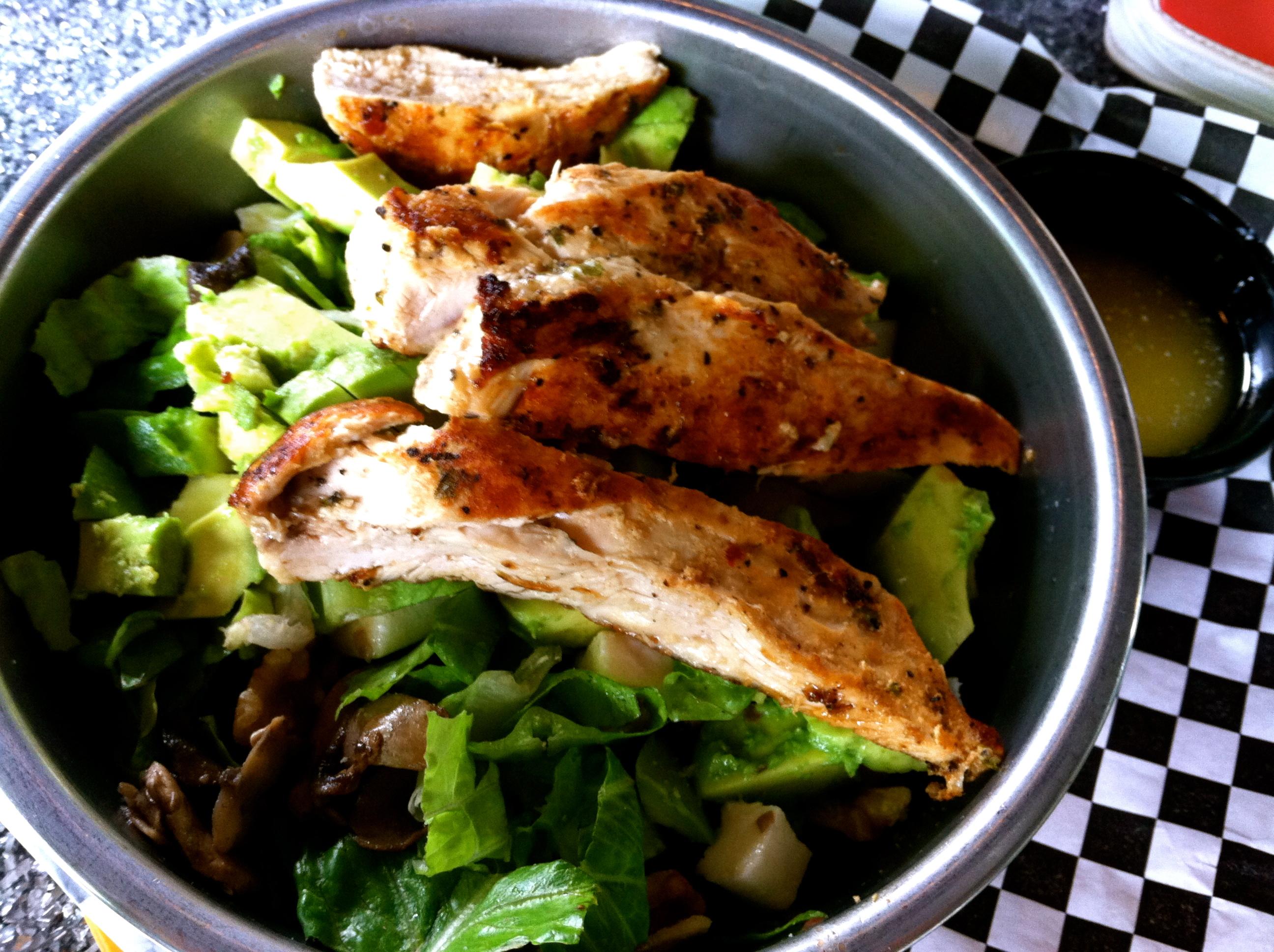 bad daddys big salad w/chicken