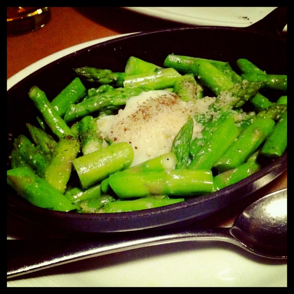 asparagus w/poached egg