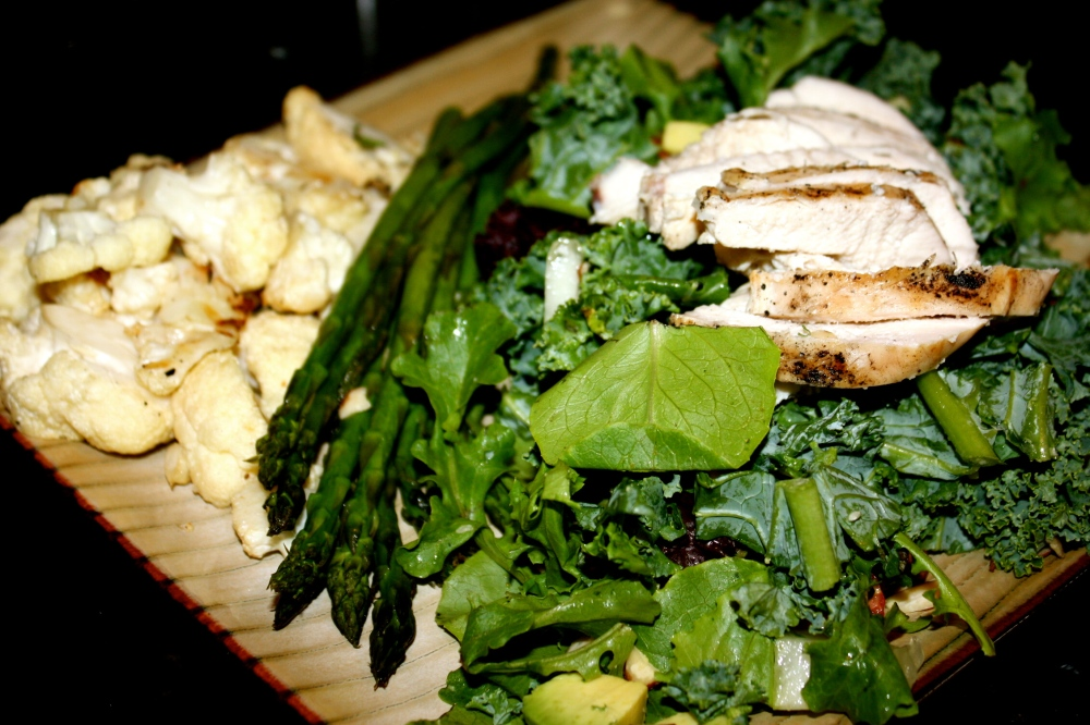 fuel sweat grow: kale salad with chicken