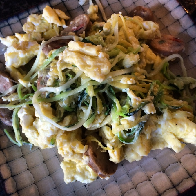 fuel sweat grow: scrambled eggs and zoodles