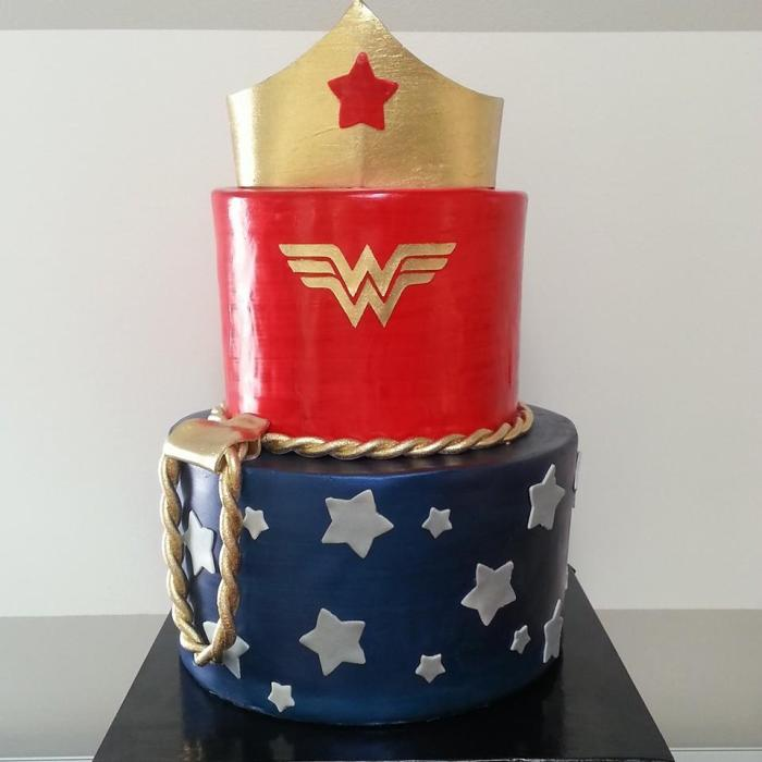 fuel sweat grow: Maliha creations Wonder Woman Birthday cake
