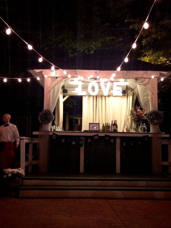 fuel sweat grow: Vanlandingham estate wedding